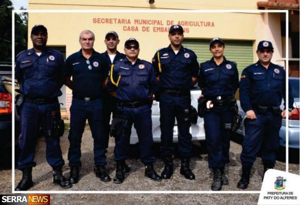 PREFEITO JUNINHO BERNARDES REALIZA WORKSHOP PARA CAPACITAÇÃO DA GUARDA MUNICIPAL NO ATENDIMENTO AO TURISTA