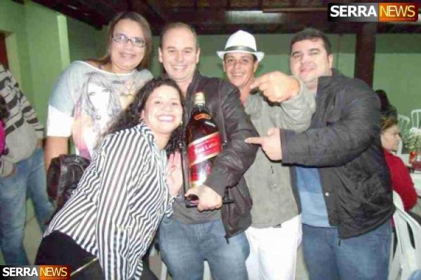 Amigos comemoram o Niver da Rafaela Ferreira