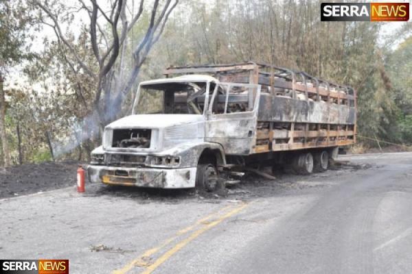 Caminhão de Gás pega fogo na serra de Miguel Pereira