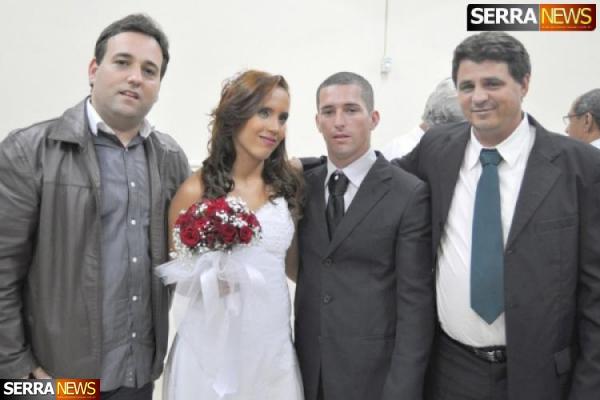 Casamento de Íris Natacha e Paulo Cezar reúne familiares e amigos em Migue Pereira