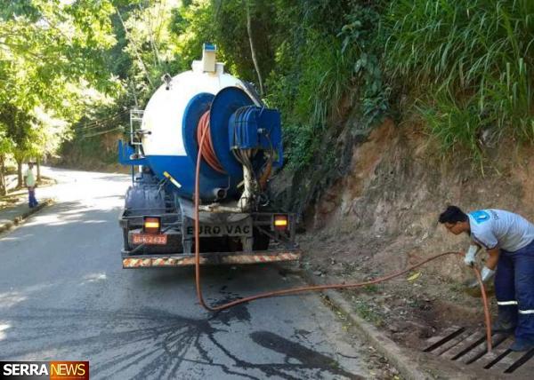 OPERAÇÃO DE LIMPEZA CONTINUA POR TODA A CIDADE DE PAULO DE FRONTIN